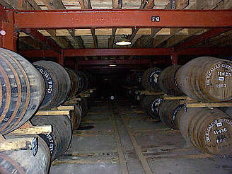 Macallan inside the old warehouse hochgeladen von anonym, 15.04.2015