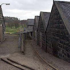 Knockdhu/AnCnoc warehouse whith cask rails from wood hochgeladen von anonym, 07.04.2015