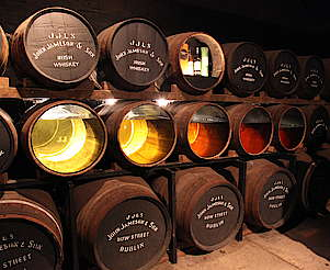 Midleton insight into the casks hochgeladen von anonym, 16.06.2015