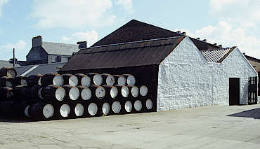 Springbank warehouse with casks hochgeladen von anonym, 27.04.2015