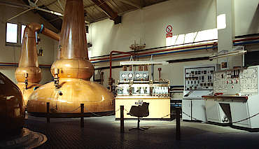 Glenfarclas inside the still house hochgeladen von anonym, 11.03.2015