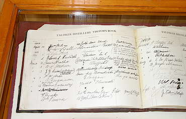 Talisker old visitor´s book from 1900 hochgeladen von anonym, 29.04.2015