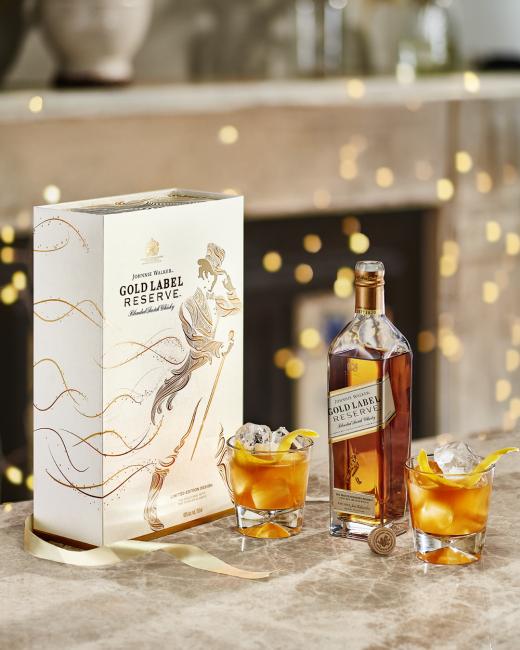 Johnnie Walker Gold Label Reserve mit 2 Gläsern